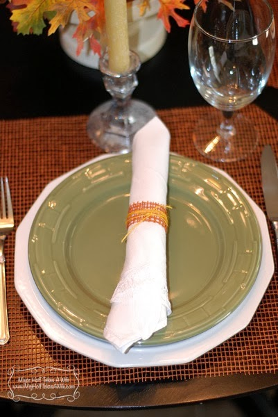 Green plate  deco mesh napkin holder