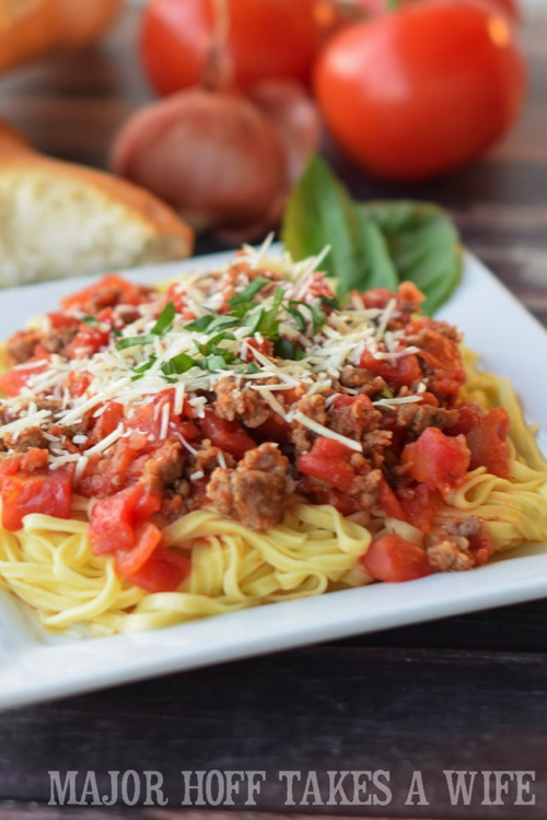 Homemade spaghetti sauce. The perfect way to learn how to make homemade spaghetti sauce! In this learn to cook series, you will be taught everything you need to know to make the most scrumptious Italian Sausage Spaghetti Marinara Sauce. Part of the #TeachMeToCookSeries this meal is done and on the table in less than 30 minutes! WOW! #Pasta #spaghetti #homemade #Learntocook