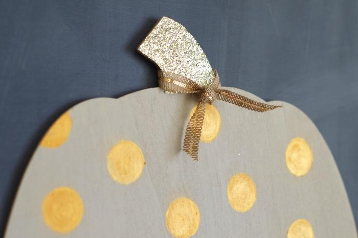 Glitter Scrapbook Paper Makes A Perfect Pumpkin Stem