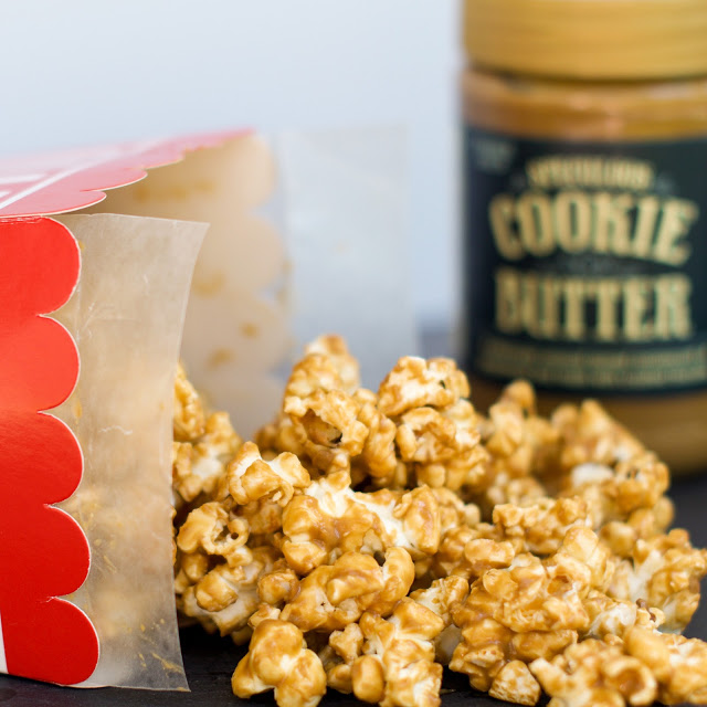 Recipe for 5 minute Speculoos Cookie Butter Popcorn!
