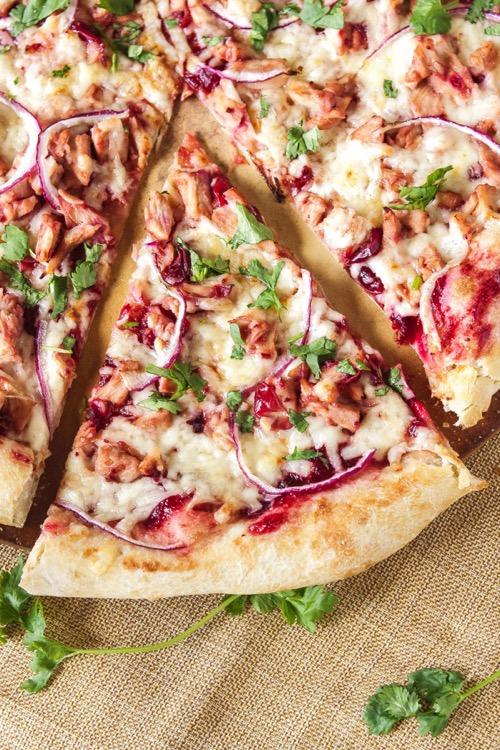 TurkeyBBQCranberrySaucePizza