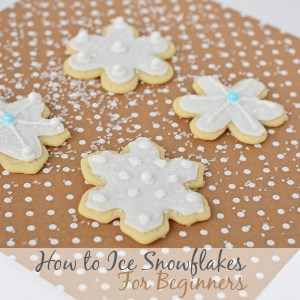 how to ice and frost sugar cookie snowflakes for beginners