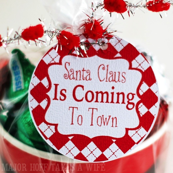 Santa Claus Is Coming to town Free Printable gift tags