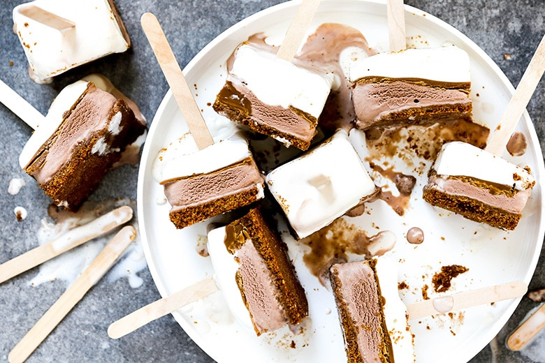 Easy layered Speculoos ice cream pops