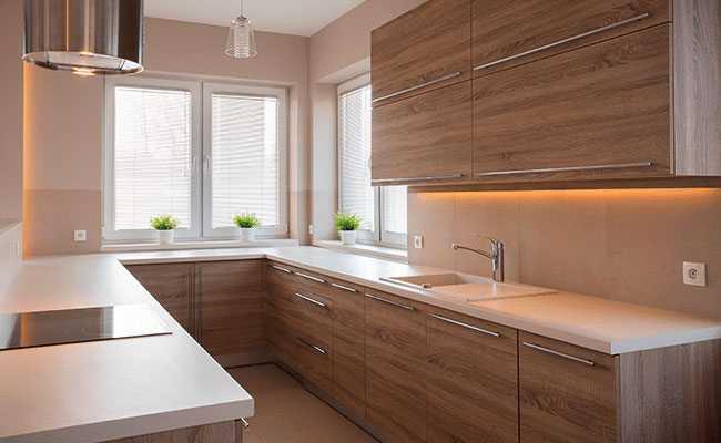 Cocinas de madera modernas con diseos acogedores  MAJOFESA