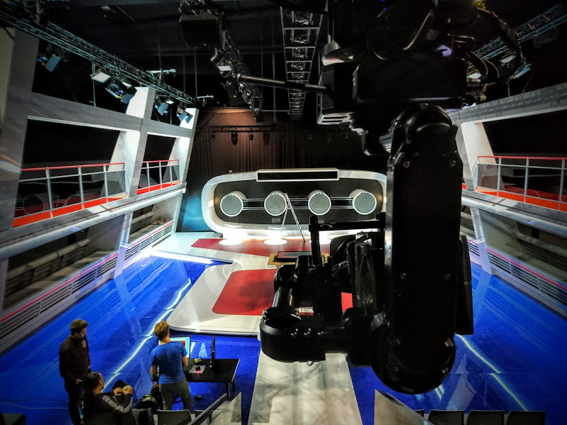NEWTON TV SET 3