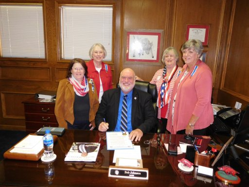 Jacksonville Mayor Bob Johnson with chapter members at signing