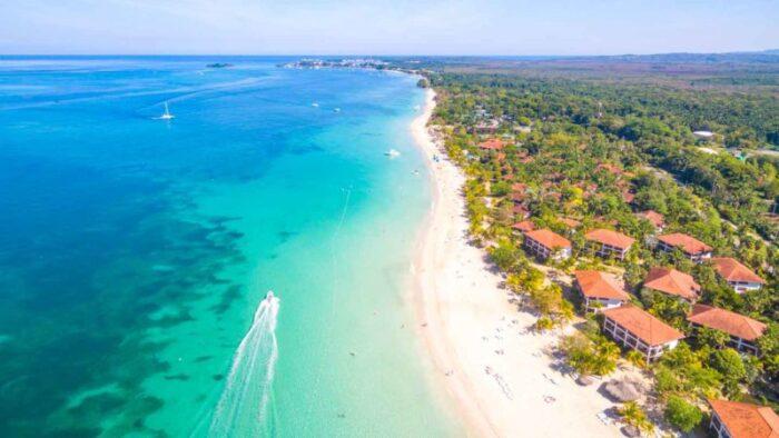 Seven Miles Beach Negril Jamaica