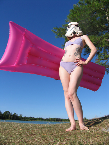 bikinistormtrooper.jpg