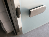 Ościeżnice drzwi szklane
