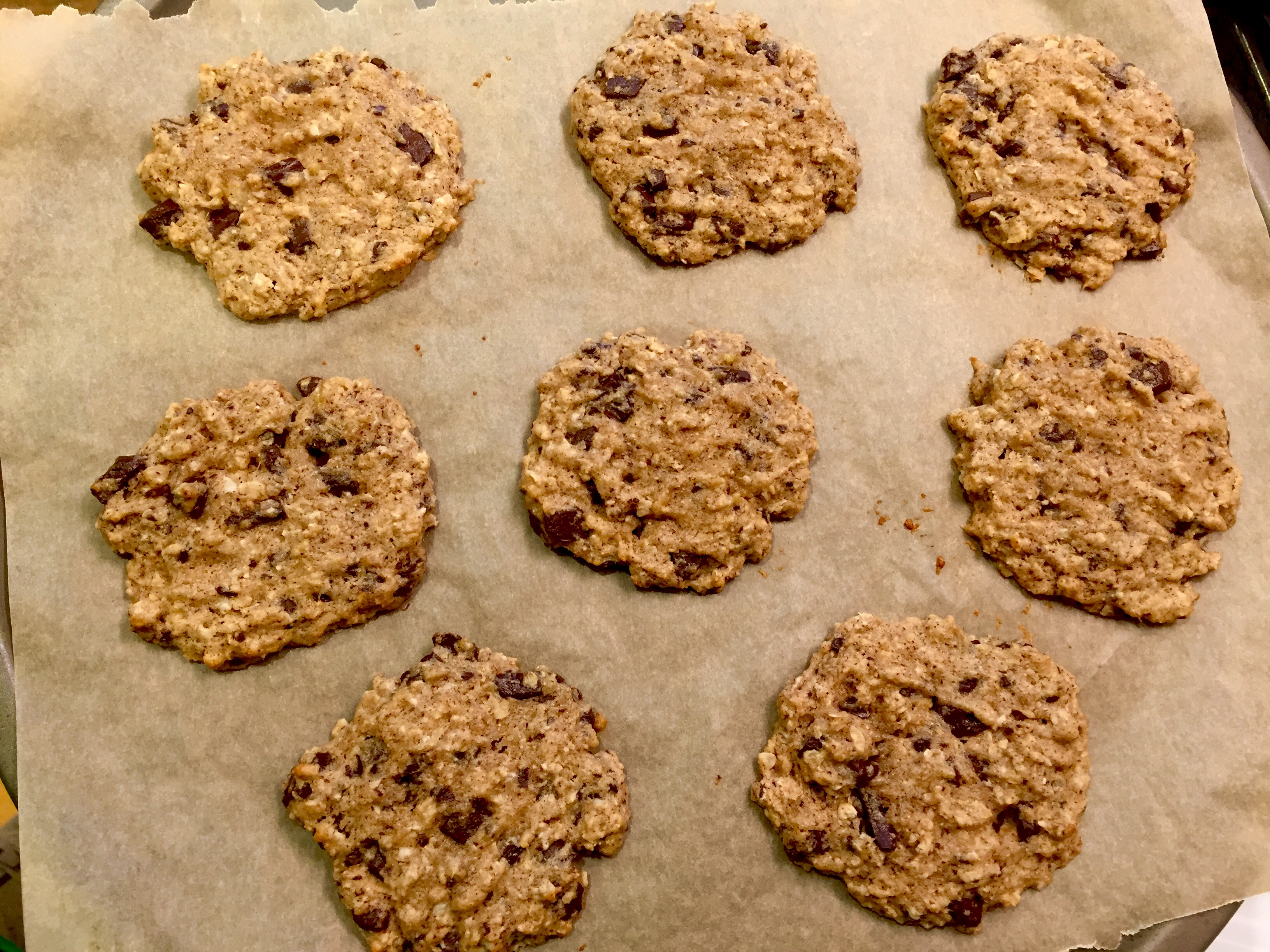 Healthy Banana Chocolate Chunk Cookies