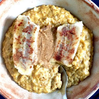 Maple Spice Pumpkin Oats with Seared Banana