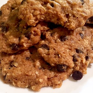 {Healthy} Pumpkin Chocolate Chip Cookies