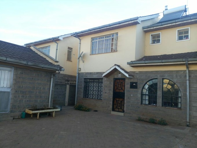 Athi View behind Greatwall Mall, 4 bedroom maisonette with Dsq