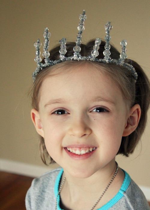 Snow-White-Crown-from-Mirror-Mirror