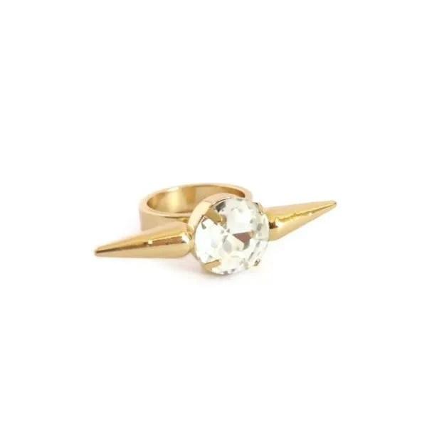 comprar anillo con pinchos y cristal