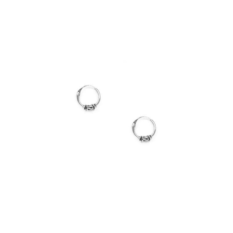 Pendientes de aro estilo bali pequeños de 8mm