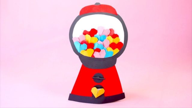 How-to-Make-Mini-Origami-Hearts-for-Valentine's-Day-1