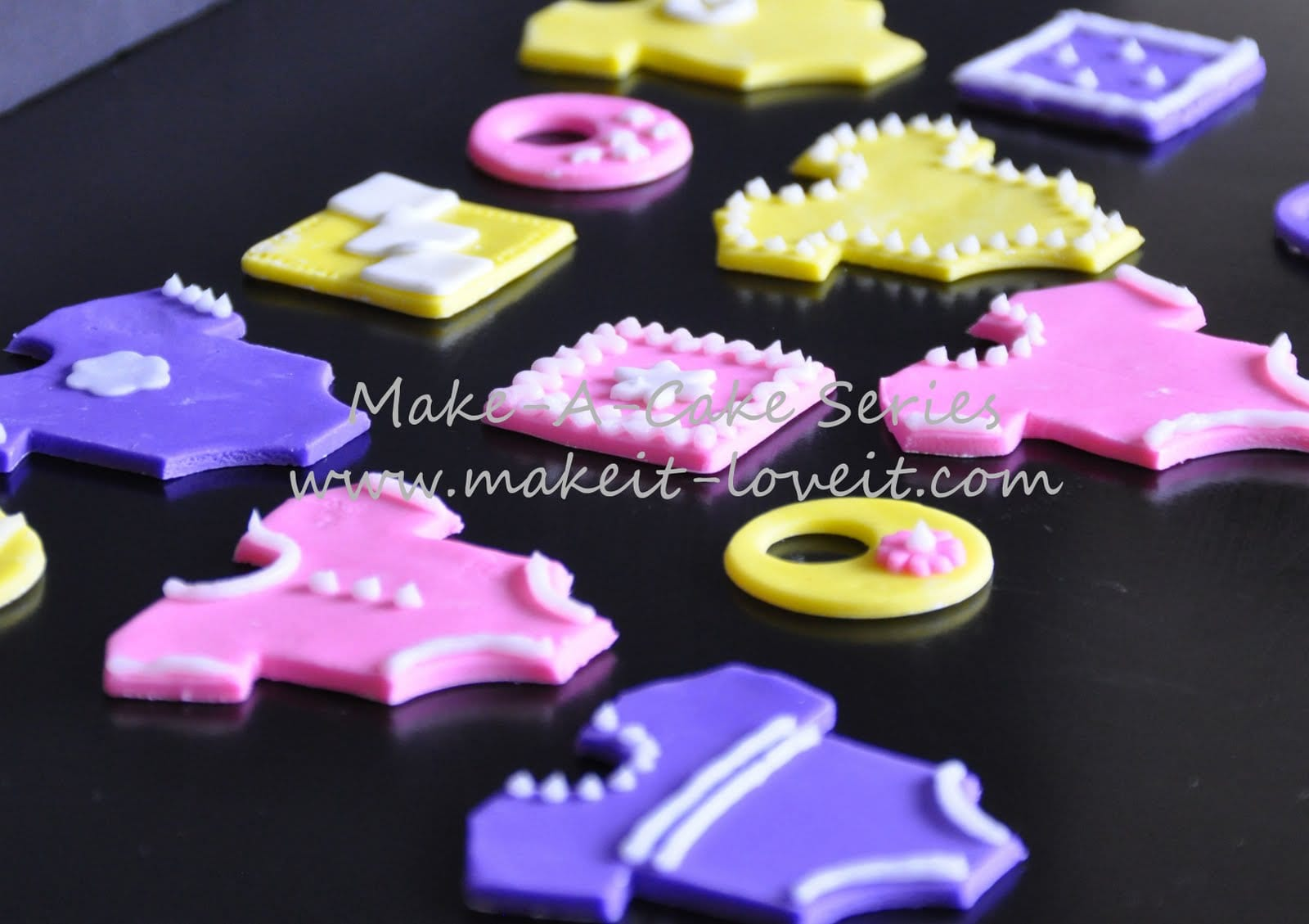MakeaCake Series Baby ClothesPart 1  Make It and Love It