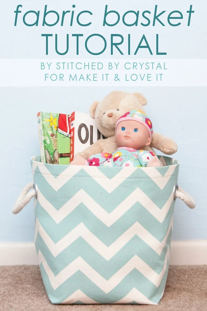 12 Creative DIY Fabric Storage Bins featured by top US craft blog, Flamingo Toes: DIY Fabric Storage Basket...with handles! --- Make It and Love It