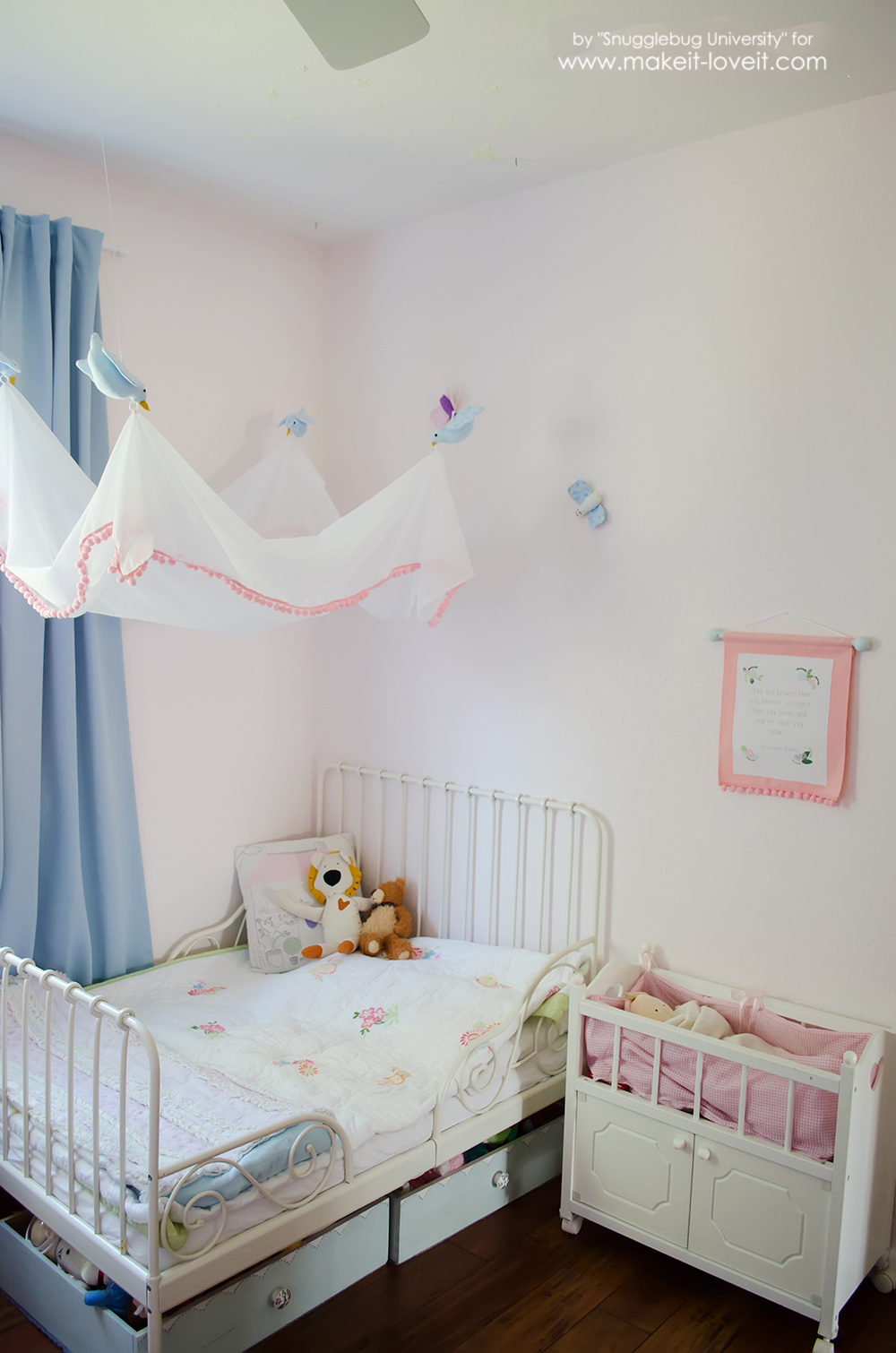 Easy Diy Bird Canopy For Above A Bed Make It And Love It