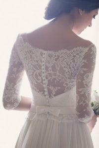 wedding dress back lace detail