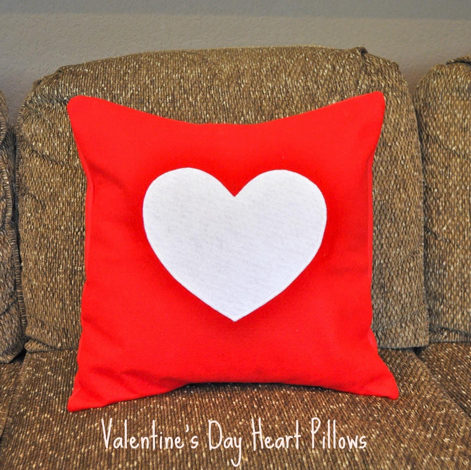 Valentines Day Felt Heart Pillows  Make Life Lovely