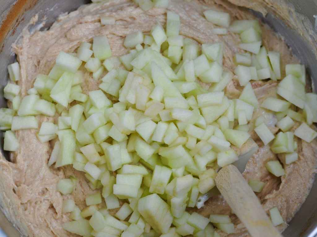 Apple Cinnamon Coffee Cake Muffins