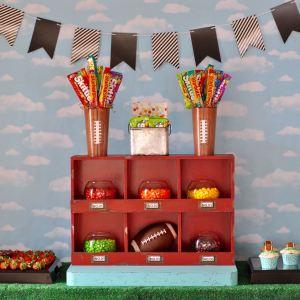 Super Bowl Party + Free Printable Super Bowl Bingo