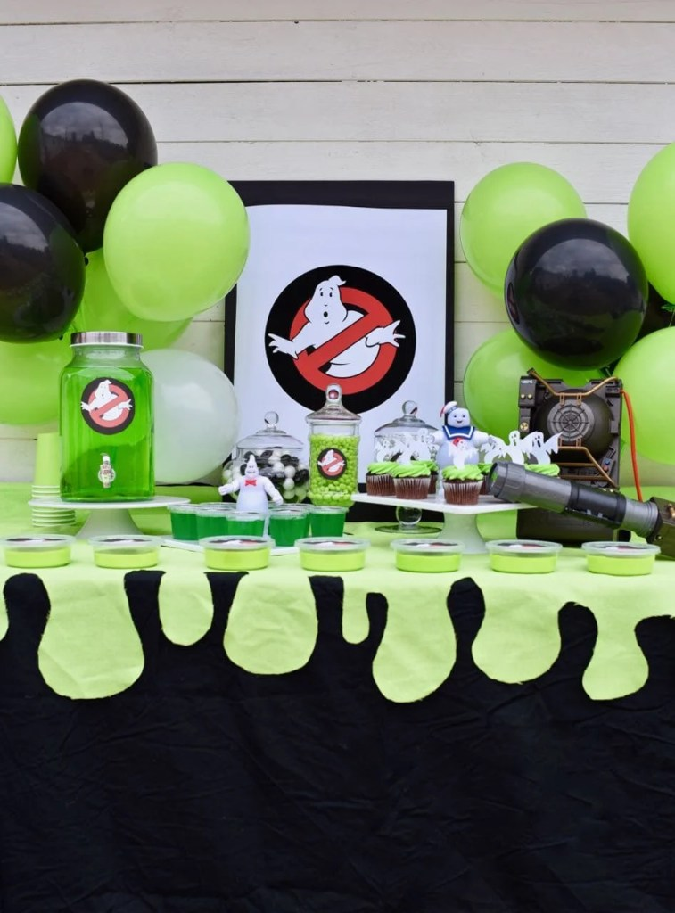 Ghostbusters party ideas. So many fun food, decoration, and party favor ideas for an aweseome Ghostbusters party!