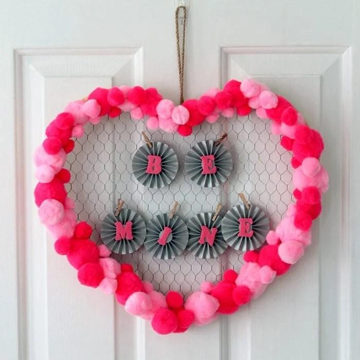 valentines-day-wreath-007-700x700