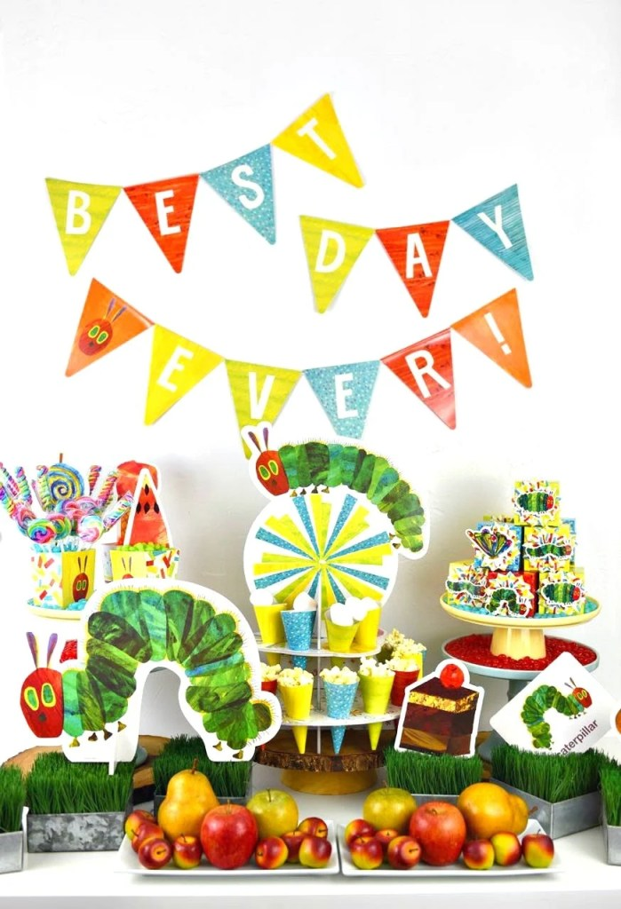 TheVery Hungry Caterpillar party for kids birthday. So cute!