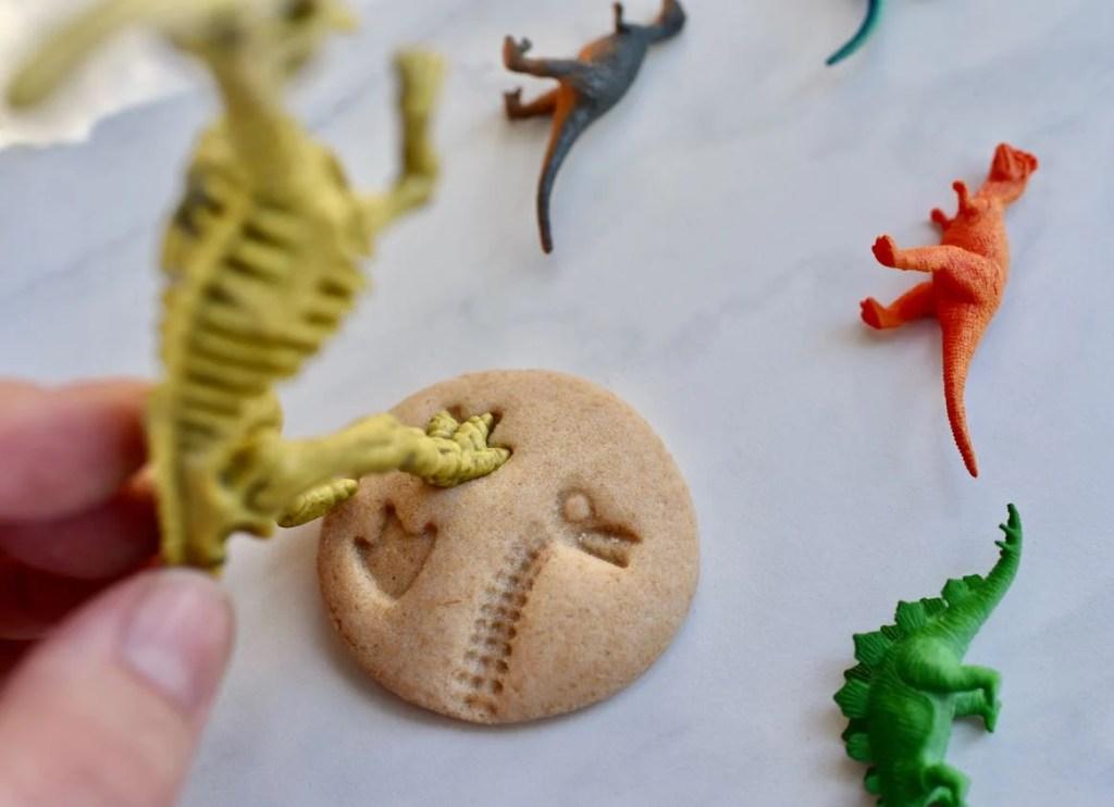 DIY dinosaur fossils for dinosaur dig party