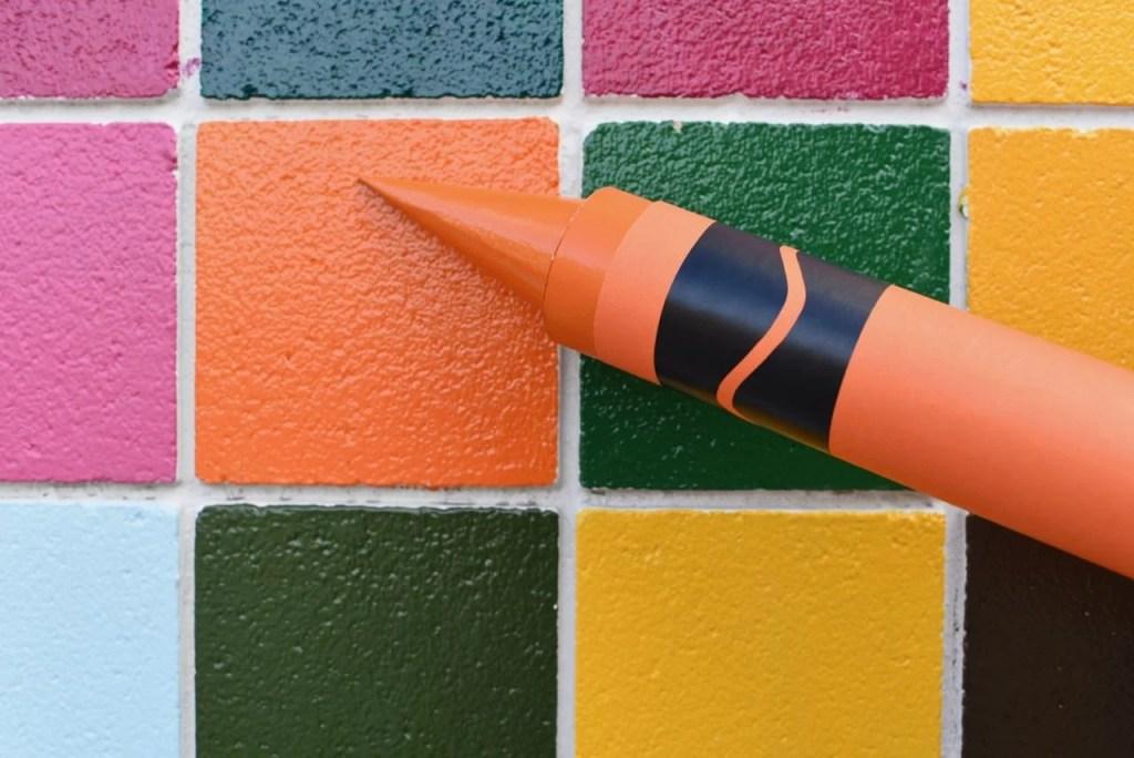 Giant crayon diy tutorial