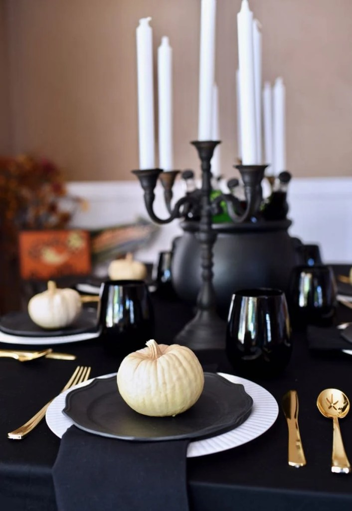 Gothic Halloween dinner party idea