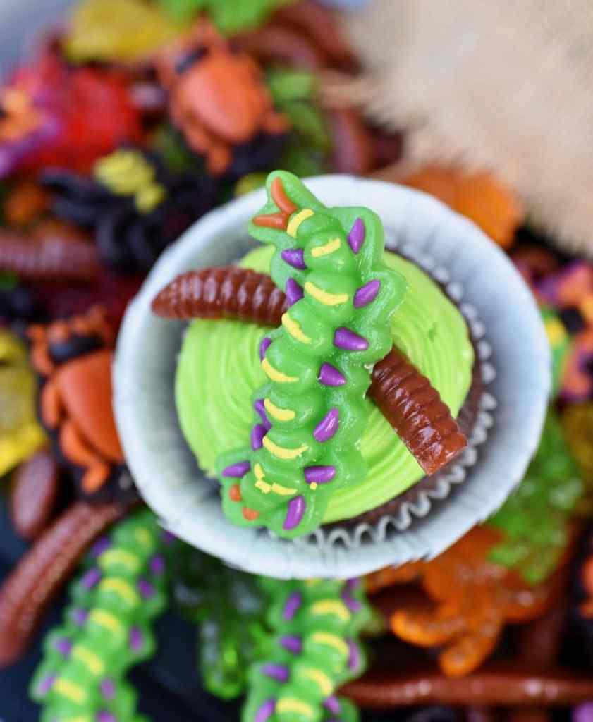 Nightmare BeforeChristmas Halloween party cupcakes