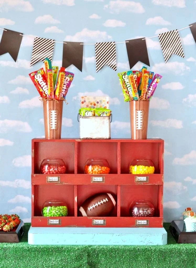 Super bowl sweets party