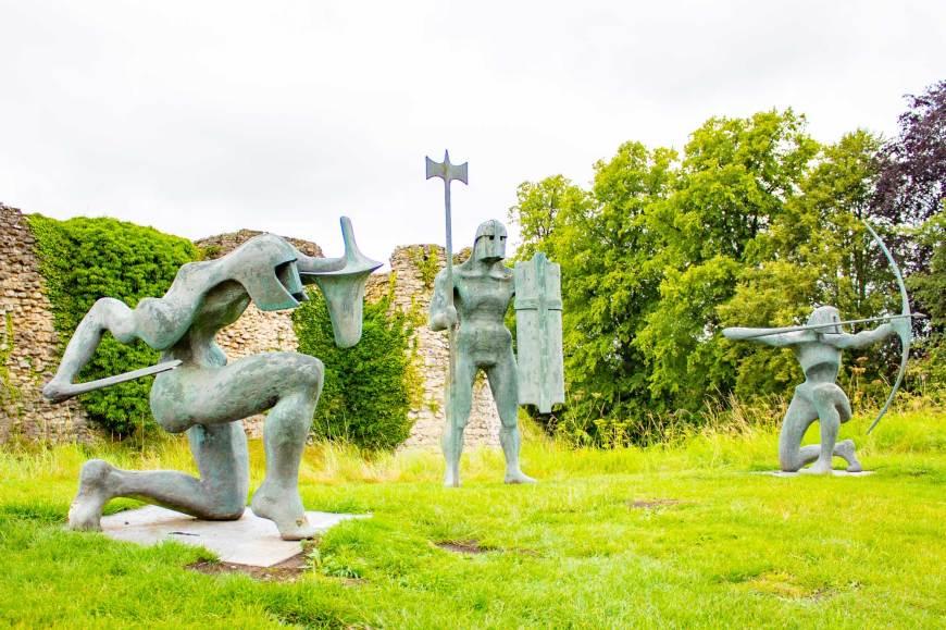 Sculptures outside of Helmsley Castle