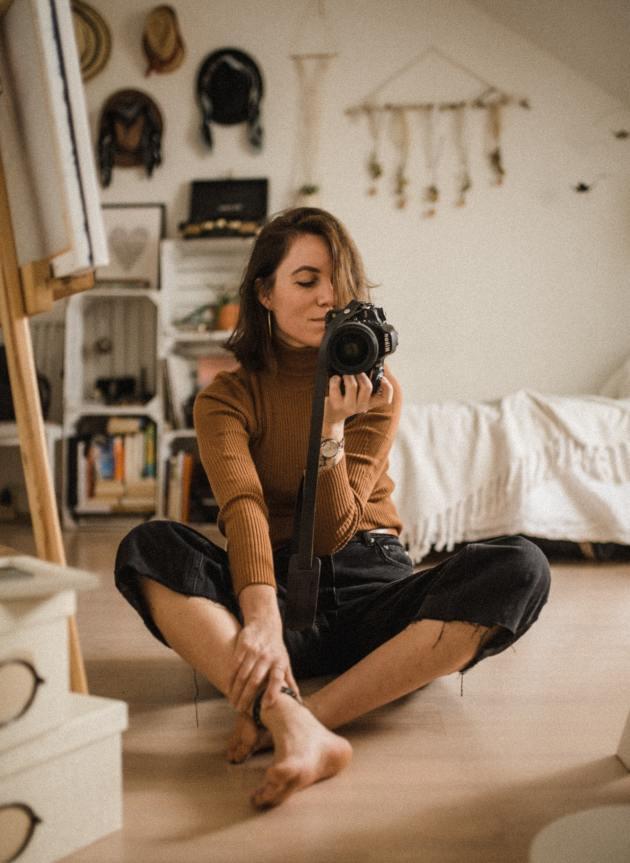 girl sitting on the floor