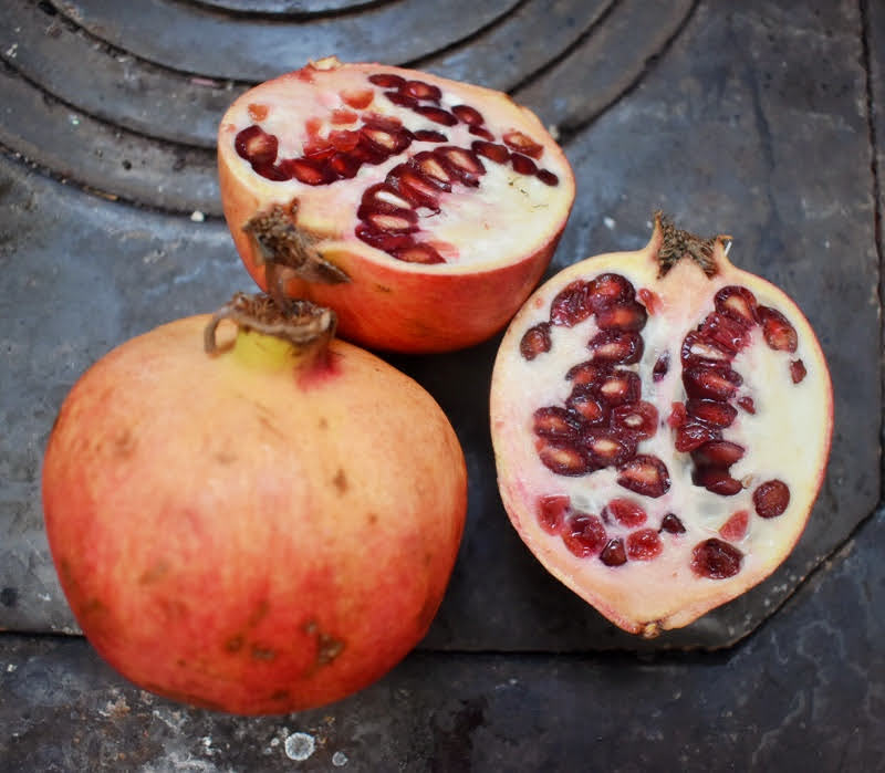 fabric dyeing with pomegranate