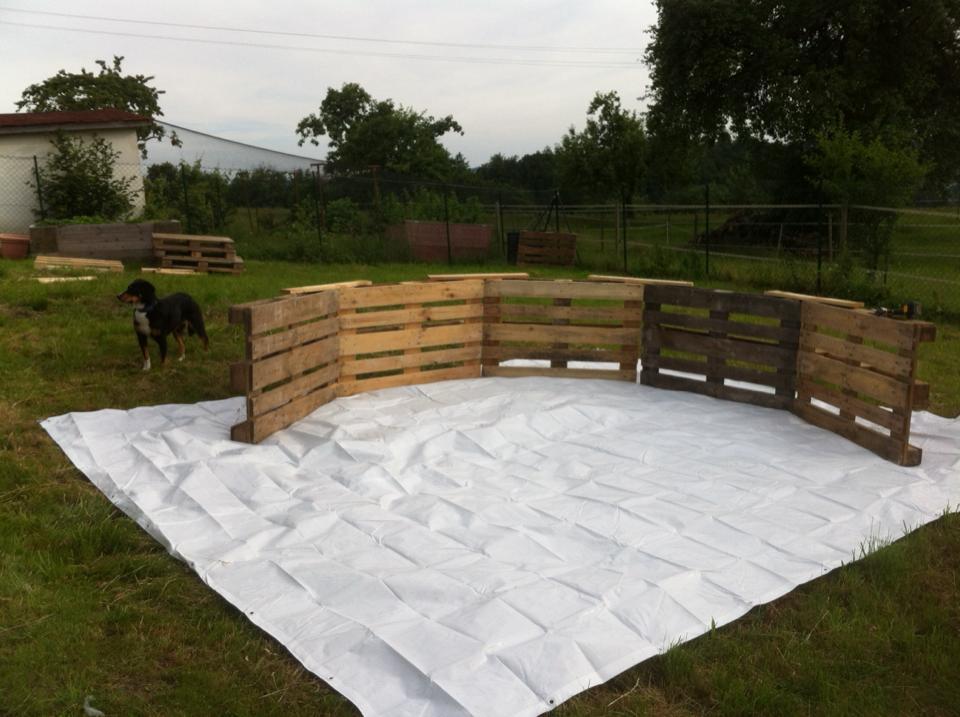 Fabriquer sa piscine DiY en palettes pour moins de 100 euros  Makery