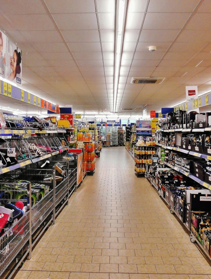 Supermarket shopping: top tips revealed