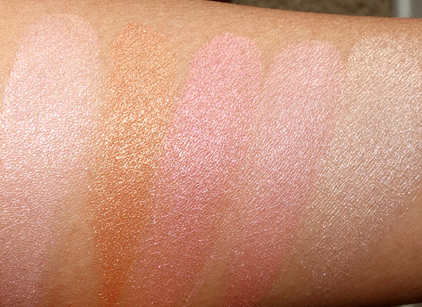 MAC Tropical Taboo Swatches Mineralize Skinfinish