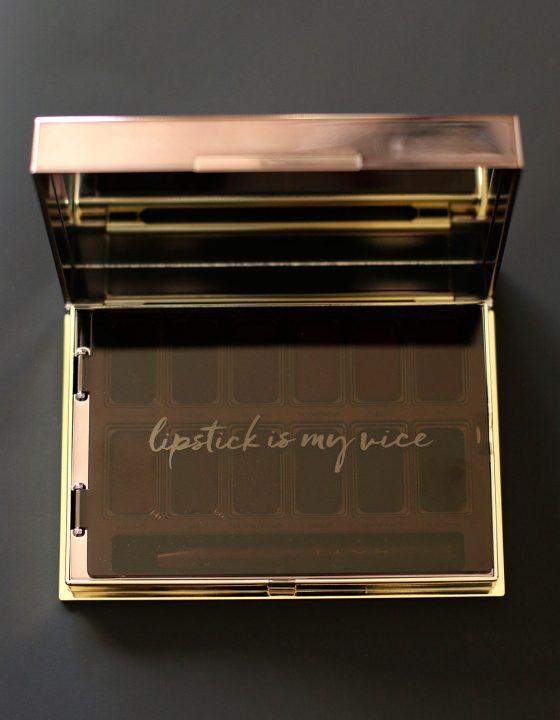 urban decay vice lipstick palette open