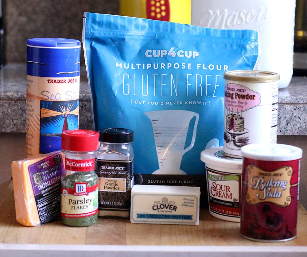 gluten free cheddar garlic biscuit recipe ingredients