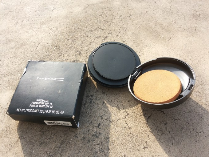 MAC Mineralize Foundation with SPF 15 Review, shades Swatches and FOTD