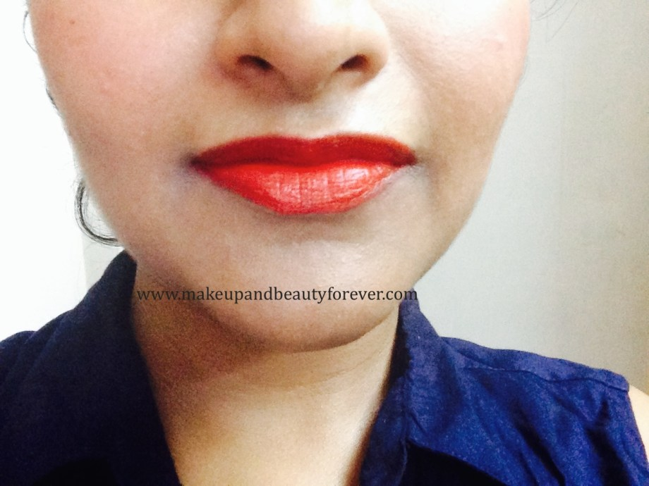 Maybelline ColorShow Lipstick Red Rush 211 Review, Swatch, Price, FOTD Lip