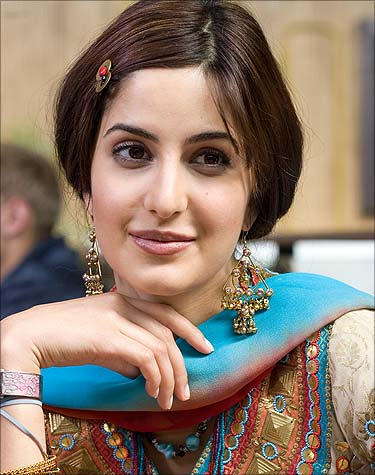 katrina kaif in short hair style