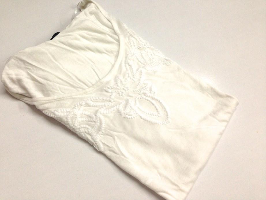 Pretty white top