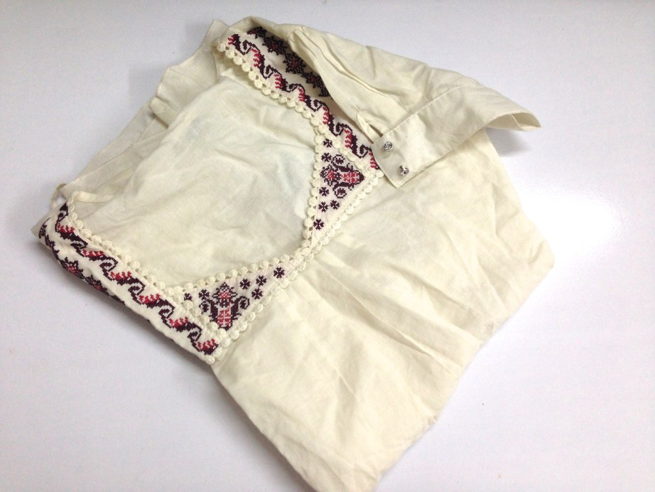 white top with embroydery designer
